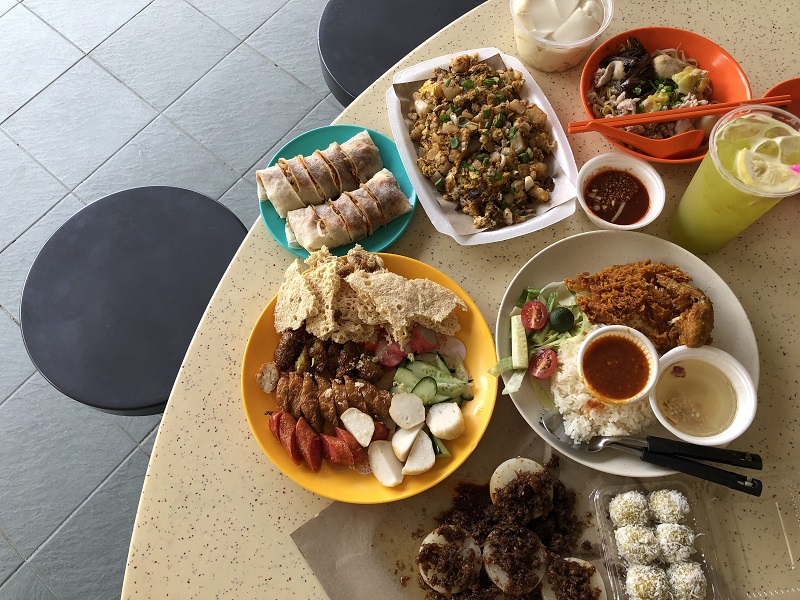 Shiok and cheap hawker food at Tiong Bahru Hawker Centre
